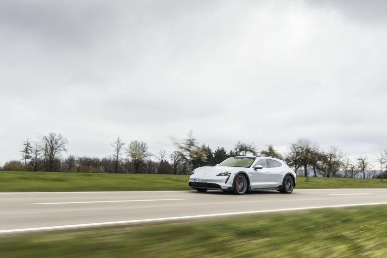 2022 Porsche Taycan 4S Cross Turismo 629275