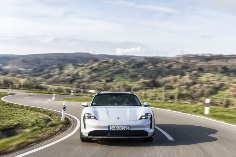 2022 Porsche Taycan 4S Cross Turismo 629284