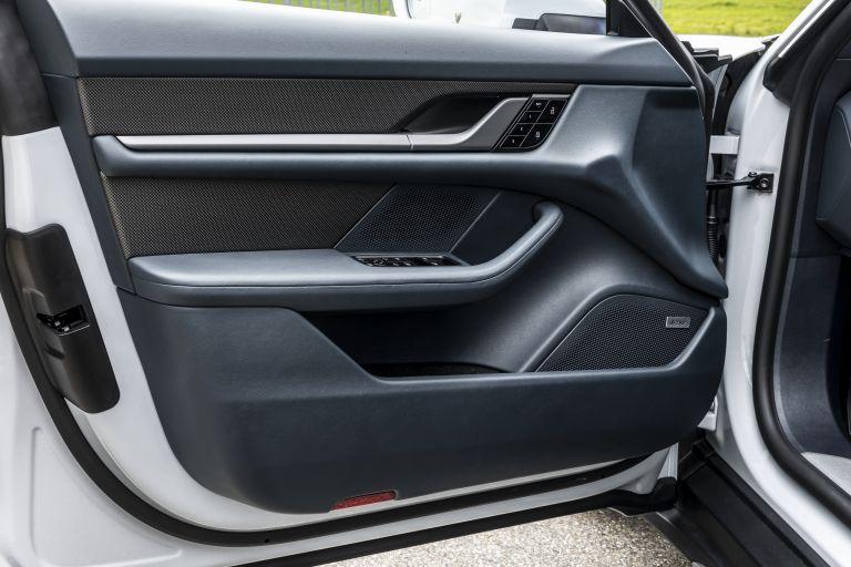 2022 Porsche Taycan 4S Cross Turismo 629295