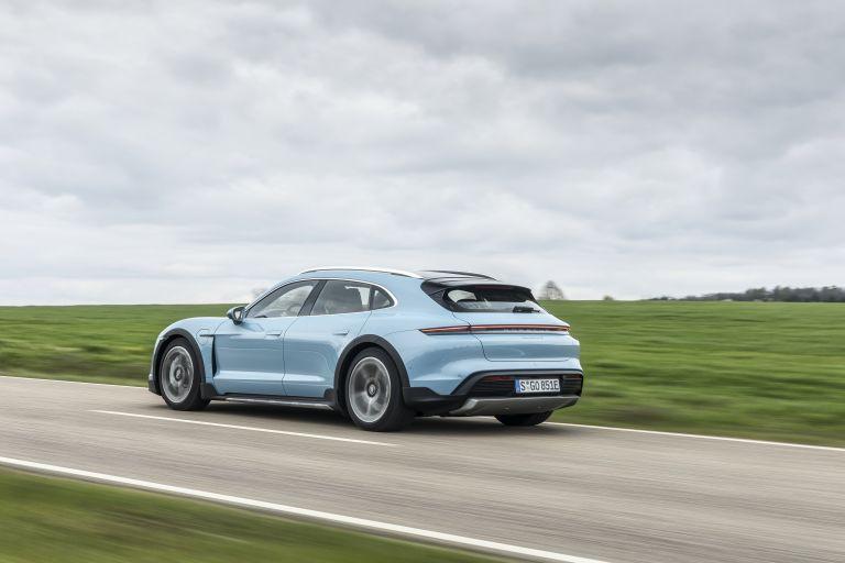 2022 Porsche Taycan 4S Cross Turismo 629310