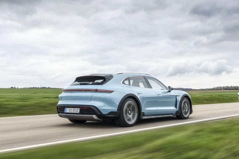 2022 Porsche Taycan 4S Cross Turismo 629311