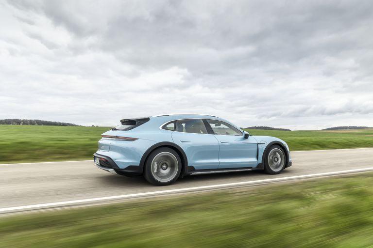 2022 Porsche Taycan 4S Cross Turismo 629312