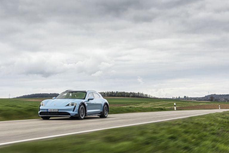 2022 Porsche Taycan 4S Cross Turismo 629314