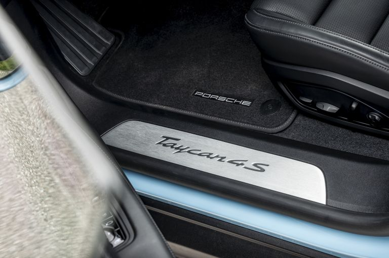 2022 Porsche Taycan 4S Cross Turismo 629333