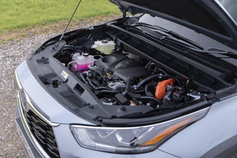 2021 Toyota Highlander hybrid - UK version 625218