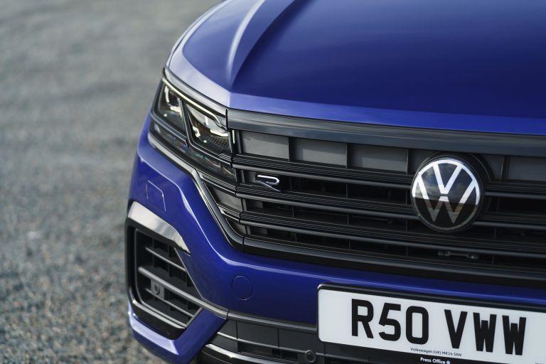 2021 Volkswagen Touareg R eHybrid - UK version 626304