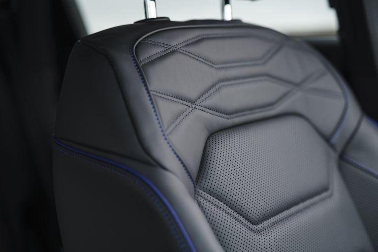 2021 Volkswagen Touareg R eHybrid - UK version 626344
