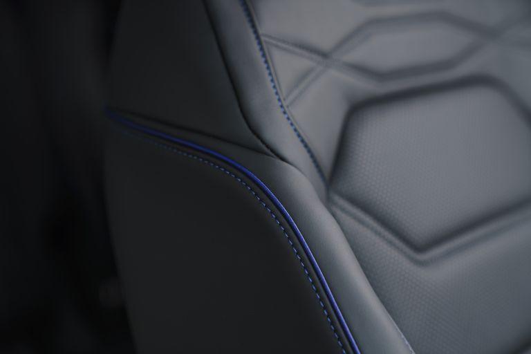 2021 Volkswagen Touareg R eHybrid - UK version 626345