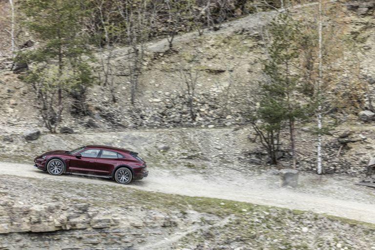 2022 Porsche Taycan 4 Cross Turismo 629085