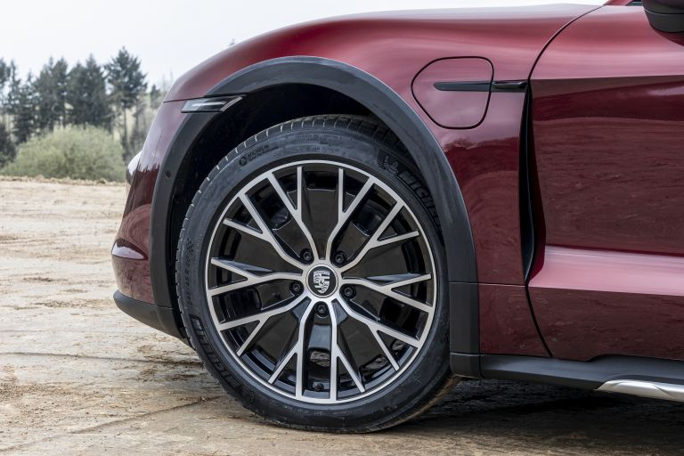 2022 Porsche Taycan 4 Cross Turismo 629105