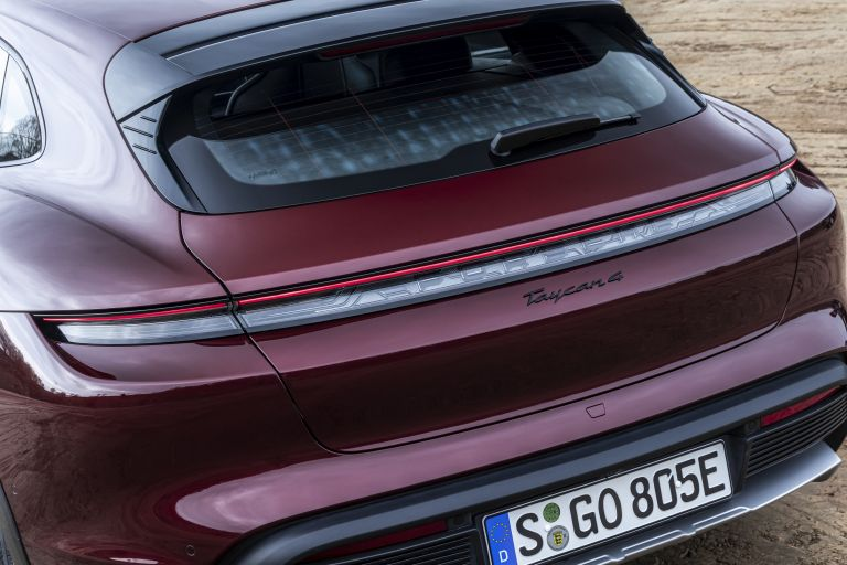 2022 Porsche Taycan 4 Cross Turismo 629106