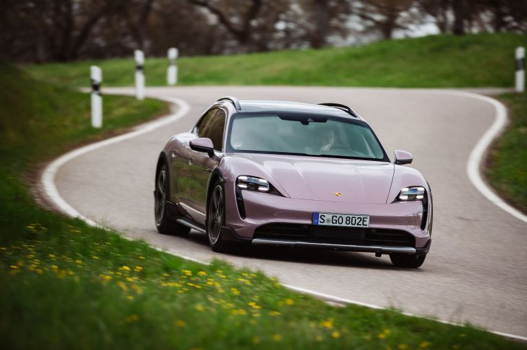 2022 Porsche Taycan 4 Cross Turismo 629160