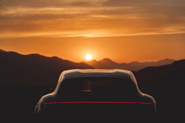 2022 Porsche Taycan 4 Cross Turismo 630190
