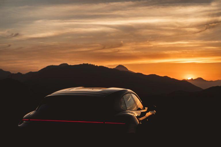 2022 Porsche Taycan 4 Cross Turismo 630191