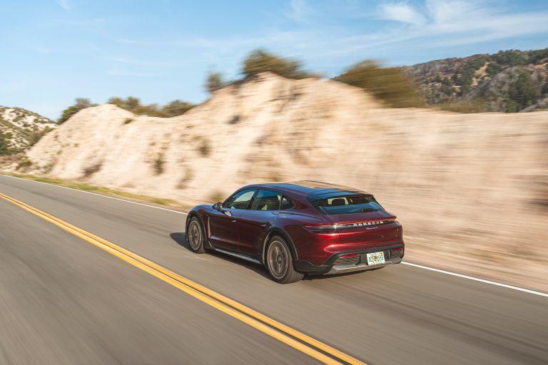 2022 Porsche Taycan 4 Cross Turismo 630221