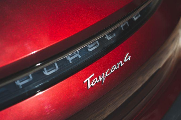 2022 Porsche Taycan 4 Cross Turismo 630251