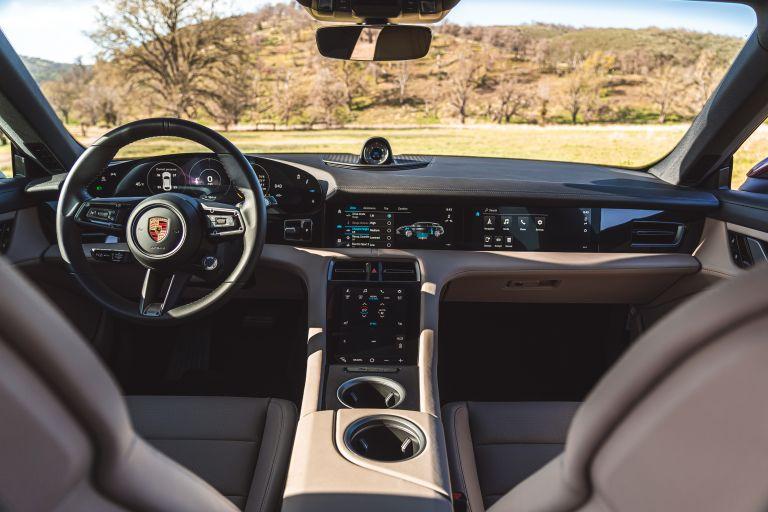2022 Porsche Taycan 4 Cross Turismo 630255