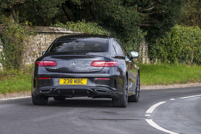 2021 Mercedes-Benz E 220 d coupé - UK version 631784