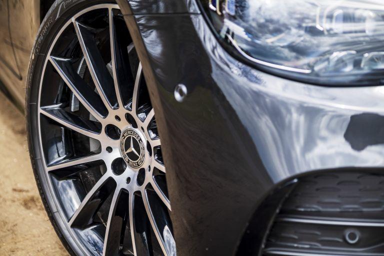 2021 Mercedes-Benz E 220 d coupé - UK version 631794