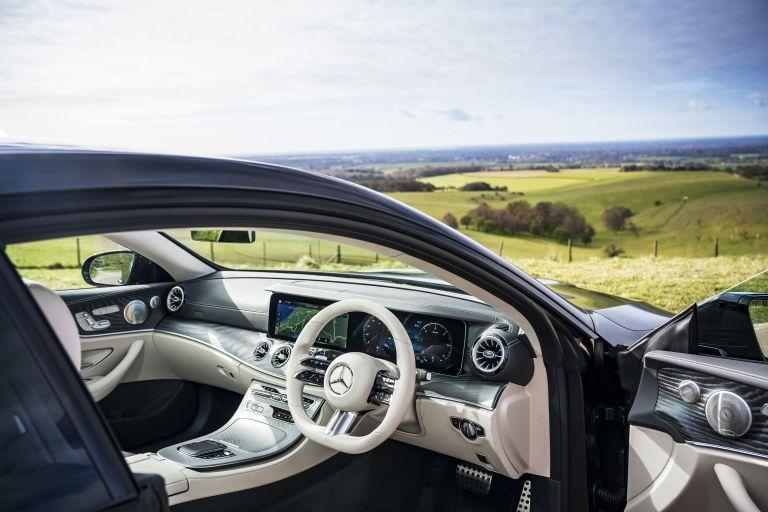 2021 Mercedes-Benz E 220 d coupé - UK version 631805