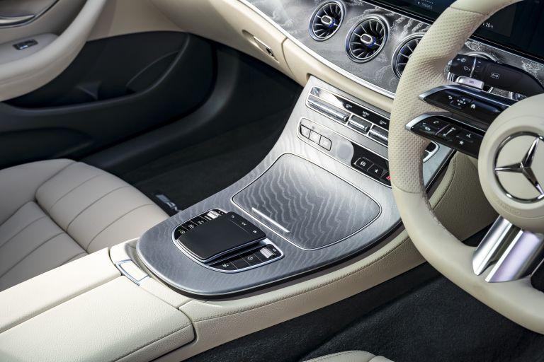 2021 Mercedes-Benz E 220 d coupé - UK version 631807