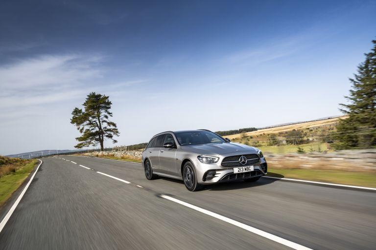 2021 Mercedes-Benz E 300 de Estate - UK version 632207