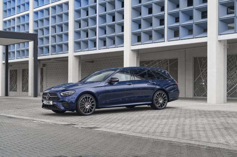 2021 Mercedes-Benz E 400 d Estate - UK version 632232
