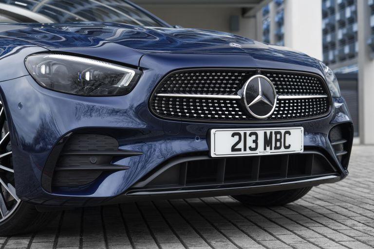 2021 Mercedes-Benz E 400 d Estate - UK version 632253