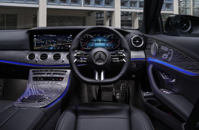 2021 Mercedes-Benz E 400 d Estate - UK version 632258