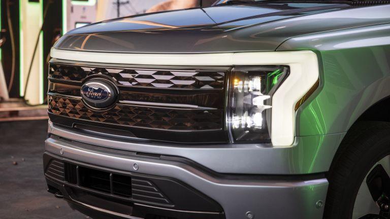2022 Ford F-150 Lightning Platinum 632295