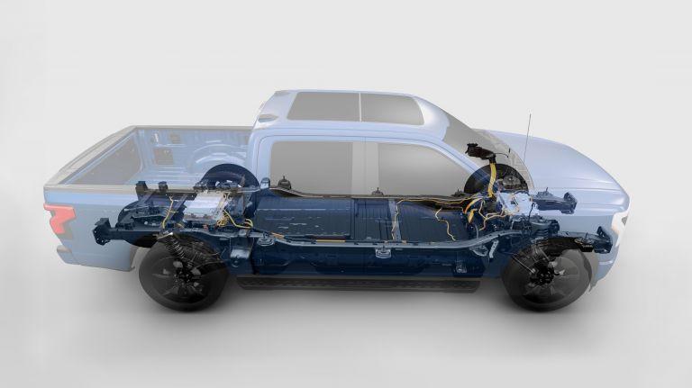 2022 Ford F-150 Lightning Platinum 632306