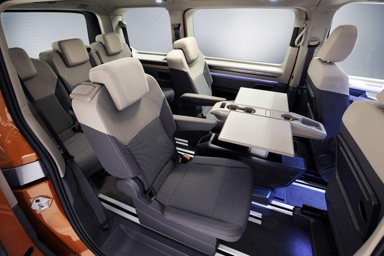 2022 Volkswagen Multivan 635327