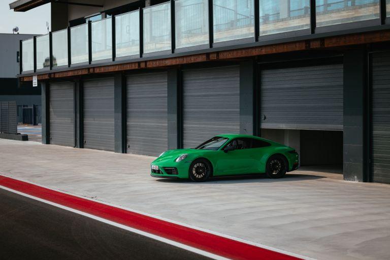 2022 Porsche 911 ( 992 ) Carrera GTS 642610