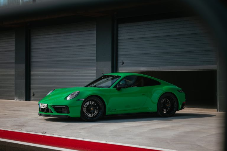 2022 Porsche 911 ( 992 ) Carrera GTS 642611