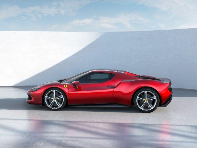 2022 Ferrari 296 GTB 636697