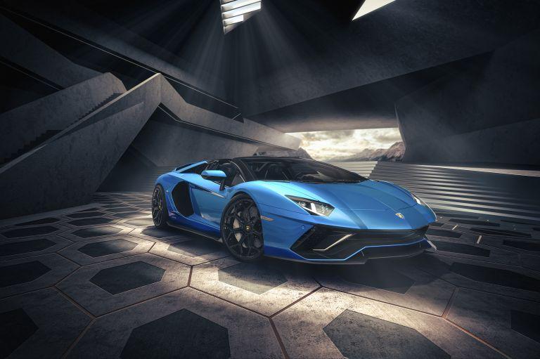 2022 Lamborghini Aventador LP780-4 Ultimae roadster 637400