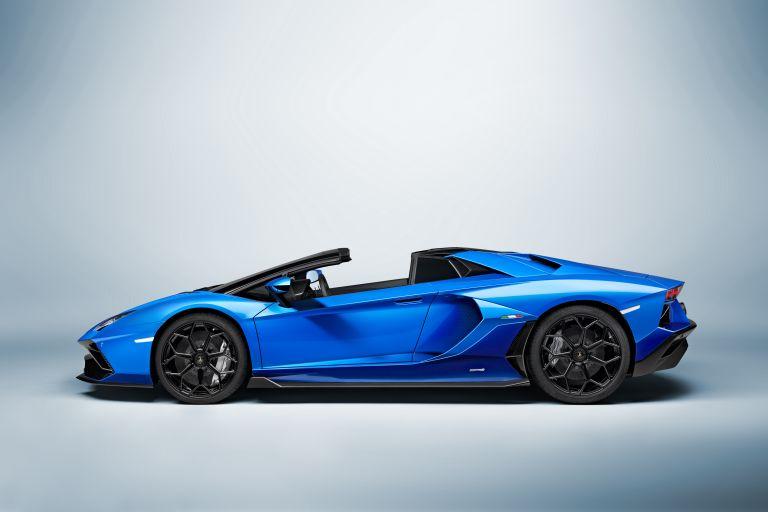 2022 Lamborghini Aventador LP780-4 Ultimae roadster 637412