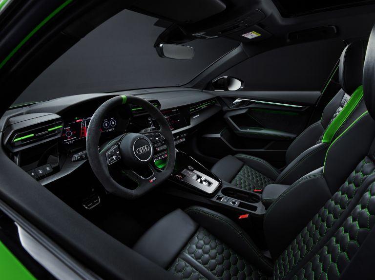 2022 Audi RS3 sedan 638571