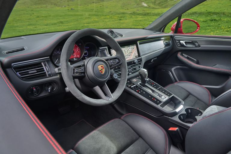 2022 Porsche Macan GTS 640996