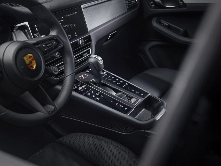 2022 Porsche Macan GTS 641000