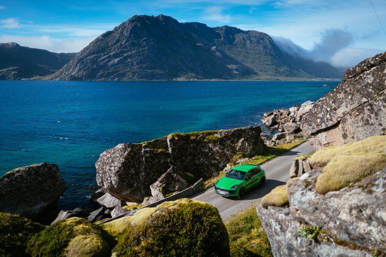 2022 Porsche Macan GTS 641066
