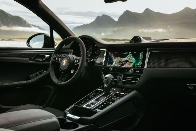 2022 Porsche Macan GTS 641117