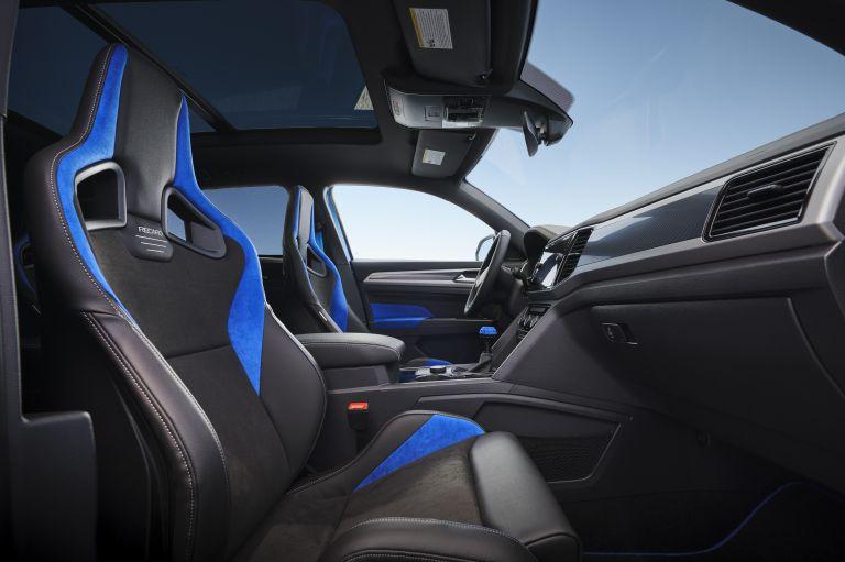 2021 Volkswagen Atlas Cross Sport GT Concept 638751