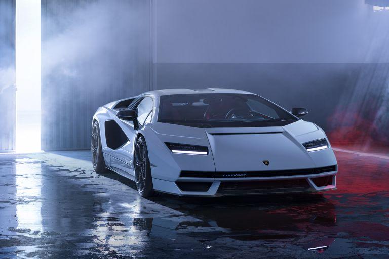 2022 Lamborghini Countach LPI 800-4 639791