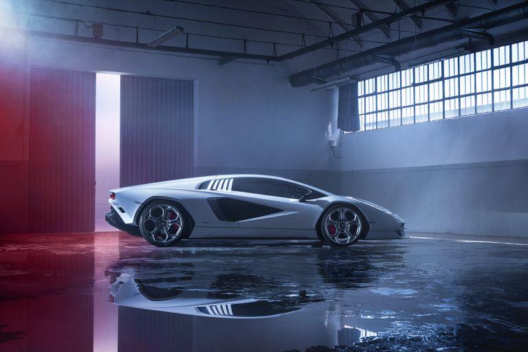 2022 Lamborghini Countach LPI 800-4 639793