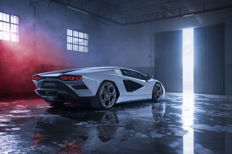 2022 Lamborghini Countach LPI 800-4 639795