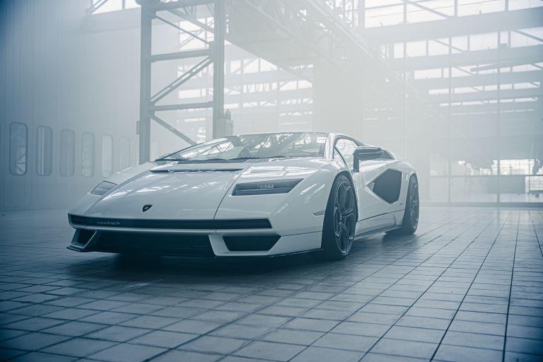 2022 Lamborghini Countach LPI 800-4 639798
