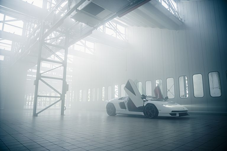 2022 Lamborghini Countach LPI 800-4 639801