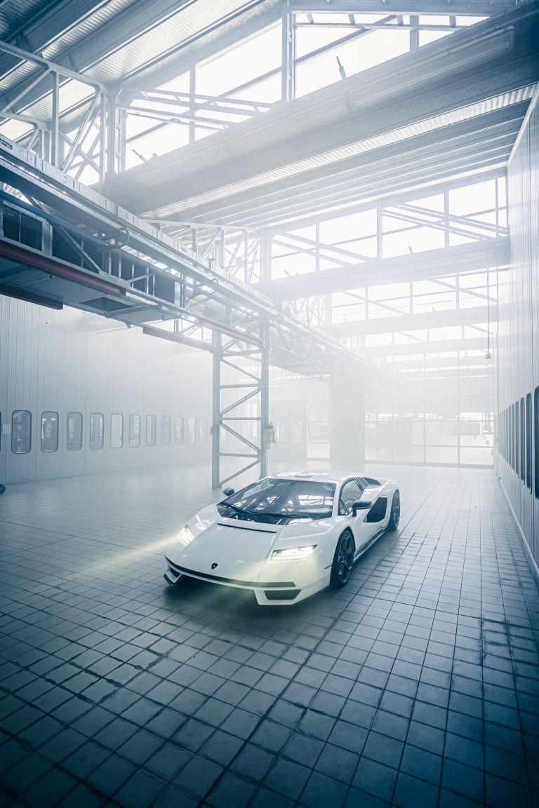 2022 Lamborghini Countach LPI 800-4 639805