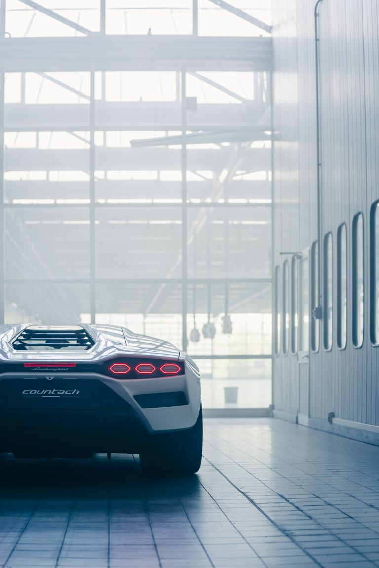 2022 Lamborghini Countach LPI 800-4 639812